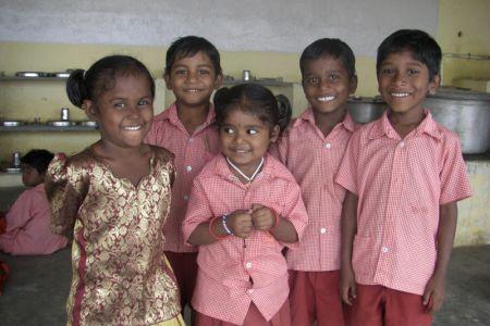 ashokashokvigneshpavithrashanmuga1.jpg